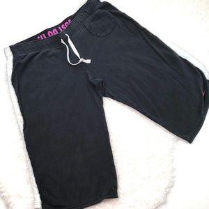 Vintage Nike Women's Knee Length Shorts